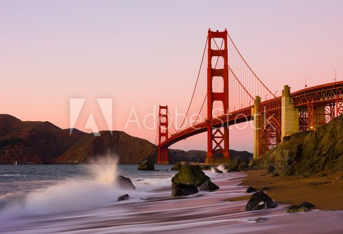Fototapeta Golden Gate Bridge w San Fransisco przy zmierzchem