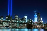 Fototapeta Brooklyn Brigde i Towers of Lights, Nowy Jork