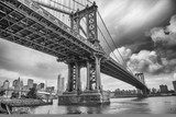 Fototapeta Manhattan Bridge, Nowy Jork. Niesamowite wideangle w górę vi